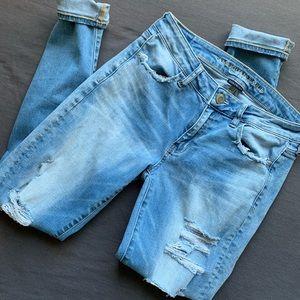 Distressed AEO Super Stretch X Skinny Jeans LONG